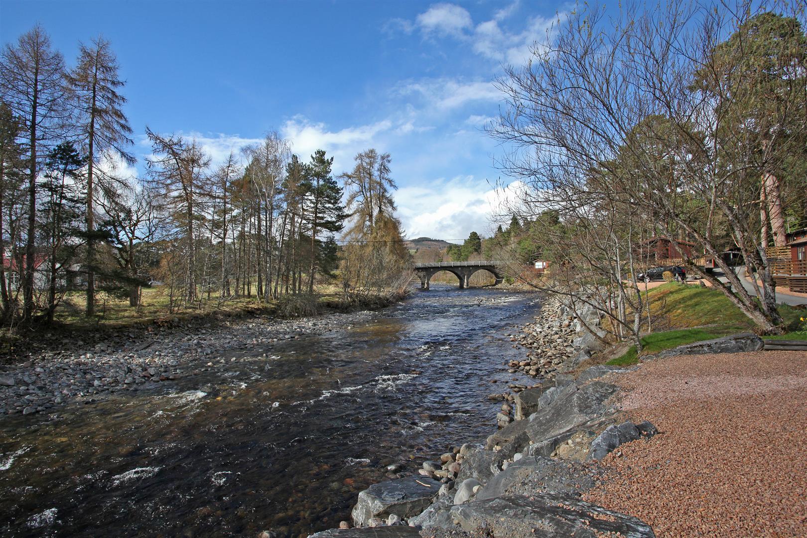 Mallard Lodge Lot 9, River Tilt Caravan Park, Invertilt Road, Blair Atholl, Pitlochry, Perthshire, PH18 5TE, UK